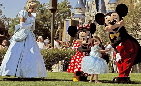 the-cruises-do-disney-world-31920-1235062466-3