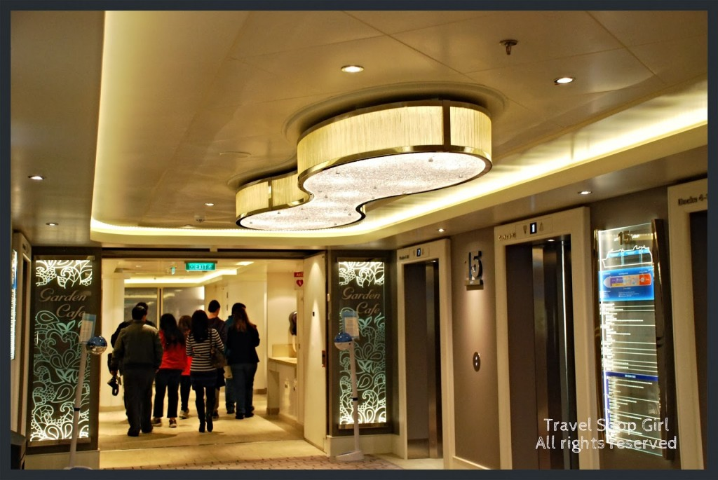 Entrance to the Garden Café and elevators on deck 15