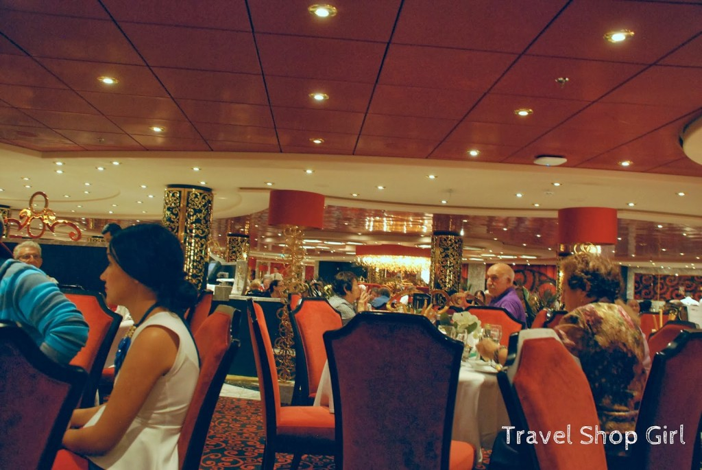 MSC Divina main dining room
