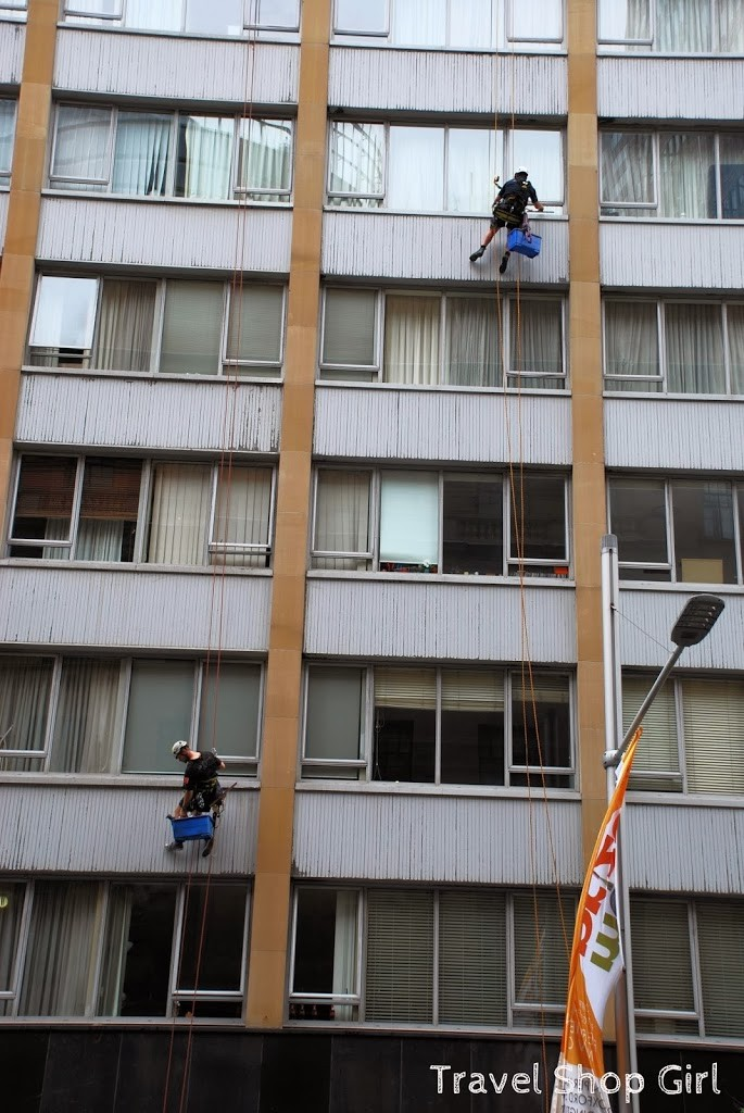 Window washers in Sydney