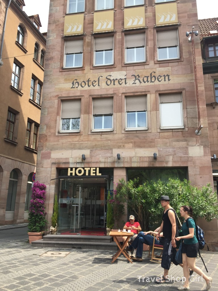 Hotel review hotel drei raben nuremberg germany for Hotel nuernberg