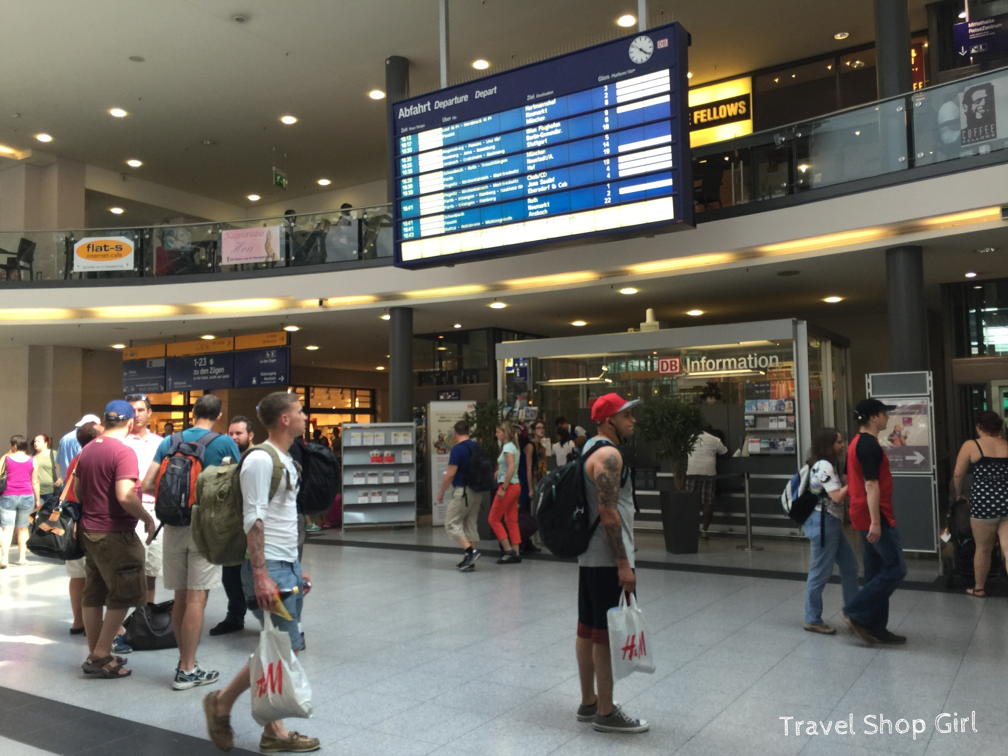 taking the train from the airport into nuremberg. Black Bedroom Furniture Sets. Home Design Ideas