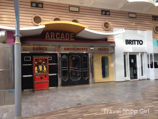 Arcade next to the new Britto store