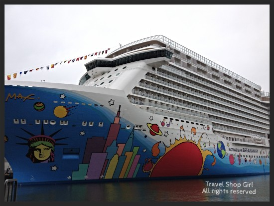 Norwegian Breakaway docked in Manhattan