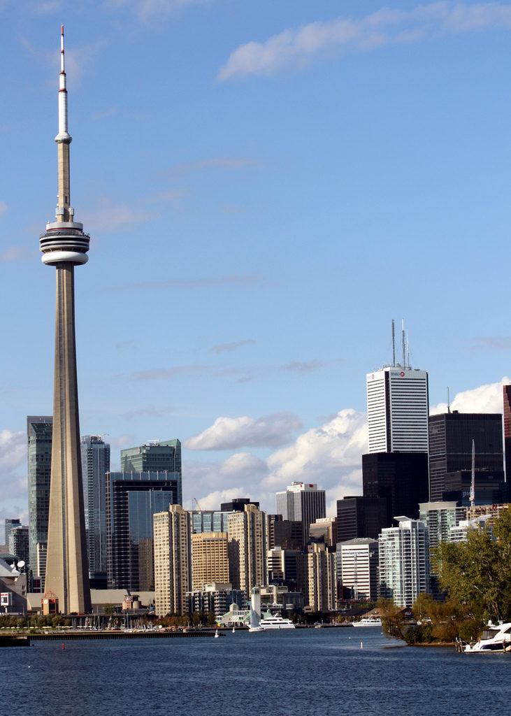 CN Tower Toronto. Image via Flickr by Prayitno